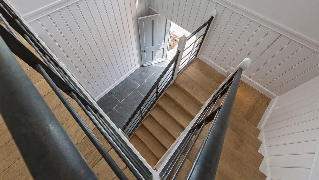 18-BHH_stair_2